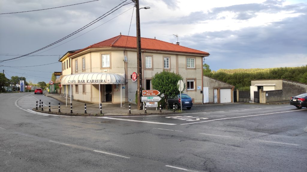 Negocio + vivienda en Boimorto